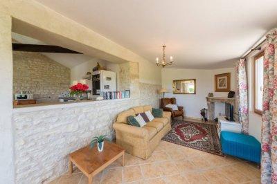 Le Marronnier - comfortable and spacious lounge