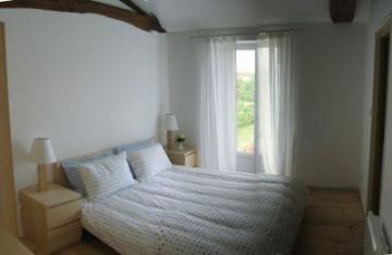 Kingsize bedroom with ensuite