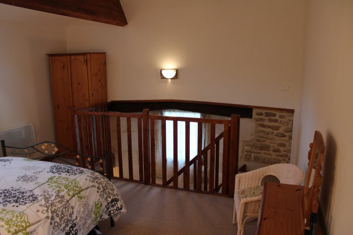 Long term lets in vienne lovely rural gite rent a place in france - Mezzanine toren ...
