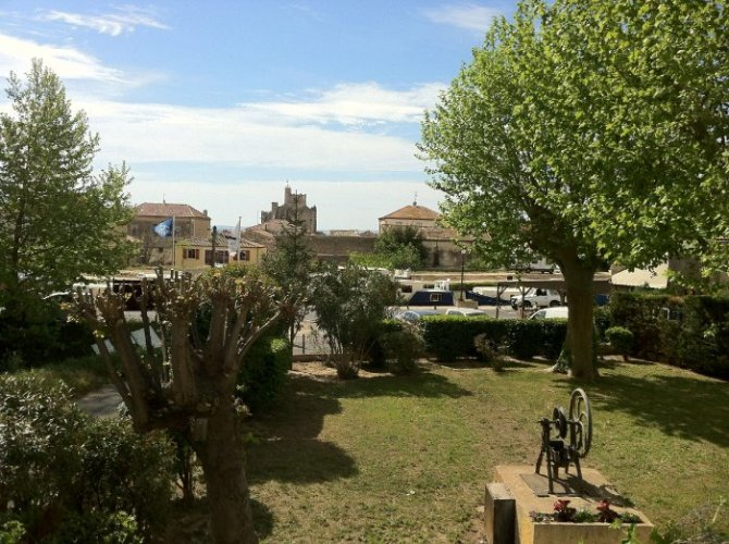 Le Petit Balcon long term lets in hérault - le petit balcon du canal | rent a place