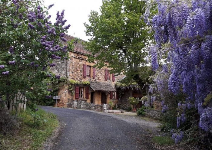 Charming Country Stone Farmhouse Gite